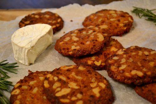 Walnut & Mustard Cheesy Biscuits